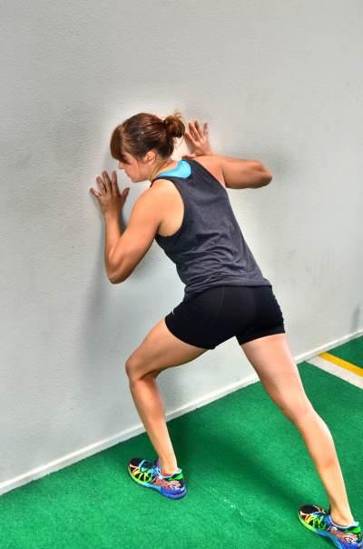 10 Isometric Core Exercises | Redefining Strength