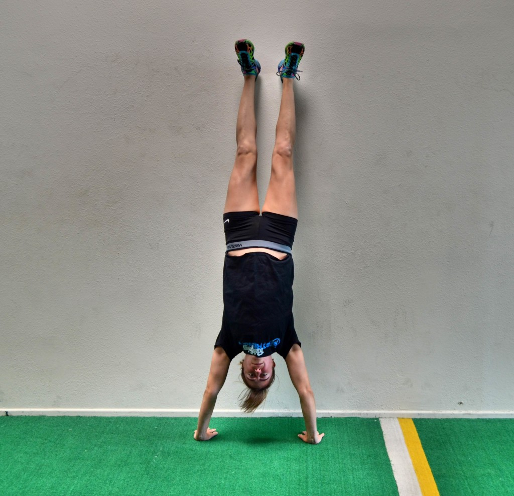 handstand-hold