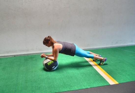 med ball plank