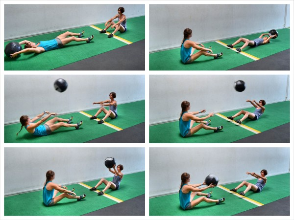 med-ball-sit-up